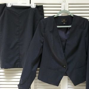 Worthington Suit Jacket & Skirt Navy w/Pinstripes